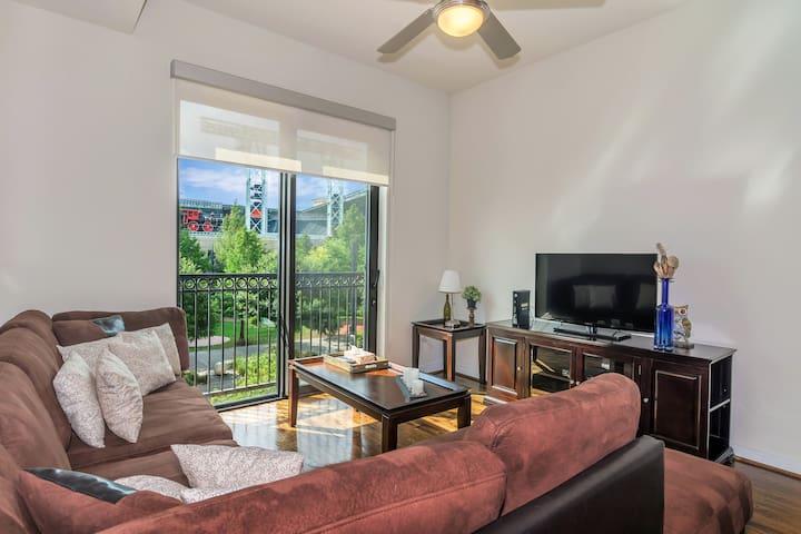 ❤️A big city lifestyle Downtown Houston Luxury