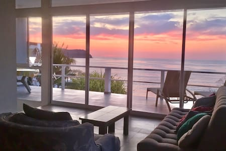 Direct Beach Access + Sunsets + Beach Front