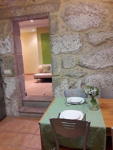Casa apartamento Saleira, jardin y vistas al mar. - Bueu - Apartment