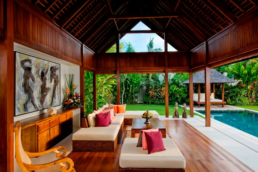 Villa Bima open air pavillion living