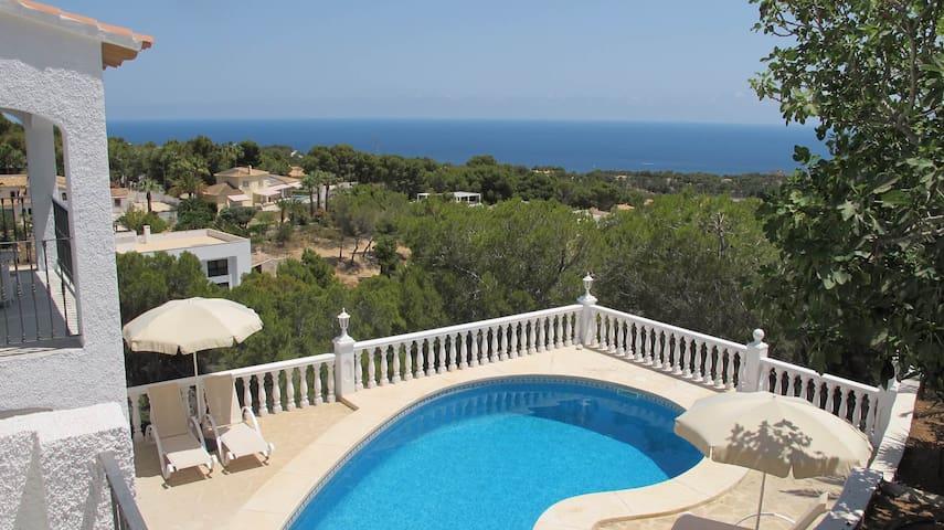Luxe Villa in Altea met zwembad en zeezicht!