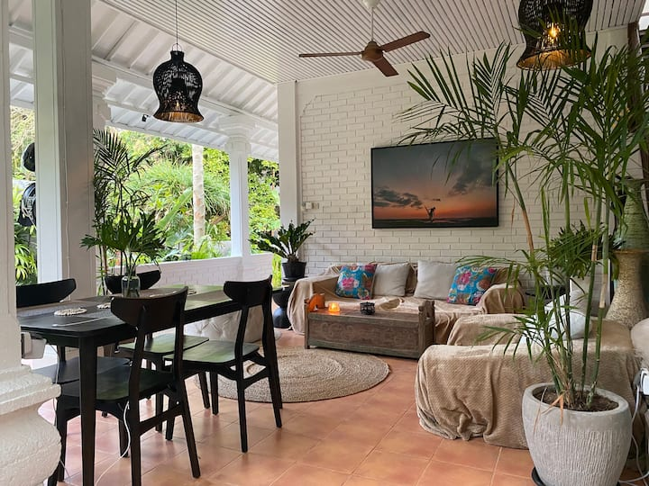 Cozy 2BR home in the heart of Canggu