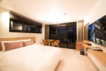 (B)PINO HOTEL-STANDARD DOUBLE BALCONY