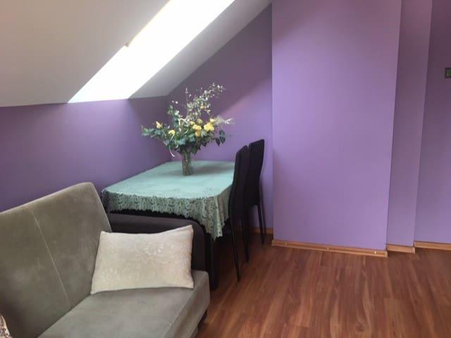 Pokój sypialny na I piętrze, kanapa 2-osobowa