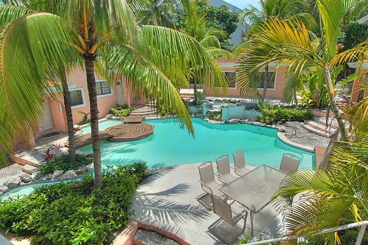 Luxury 2B Condo on Paradise Island - Nassau - Appartement