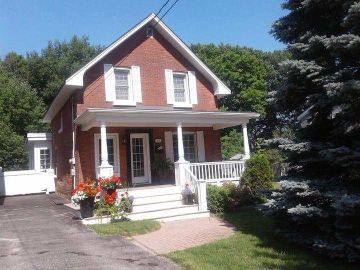 Georgian Bay/Midland Century Home