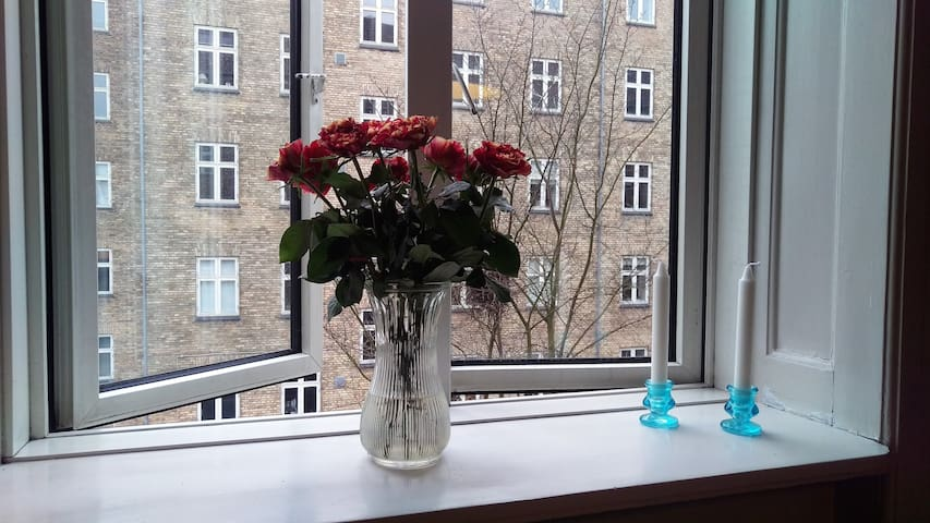 Cosy, private room in shared apartment - Frederiksberg - Apartment