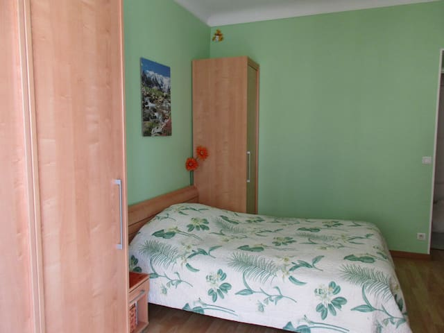 Chambre privée à 2 pas de Monaco - Beausoleil - Leilighet