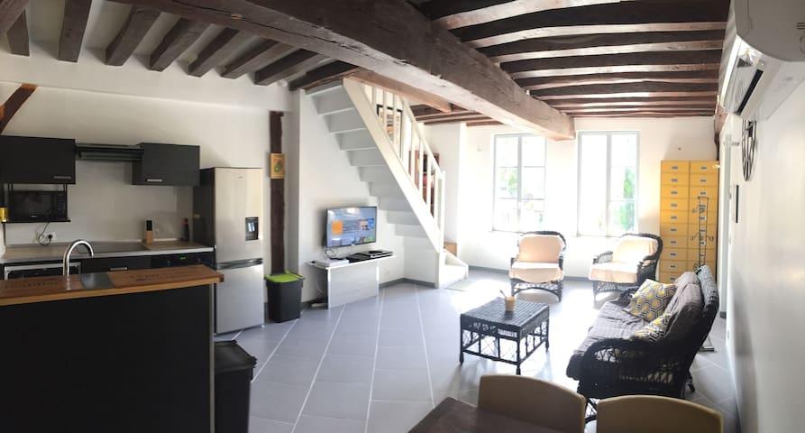 Duplex ultra-équipé style loft, coloc possible