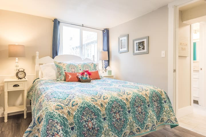 *CHARMING* DOWNTOWN PROVO/City Center Temple 234