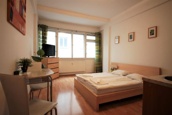 Apartment in City Center =)