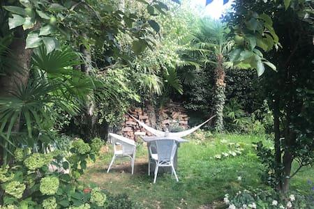 Garden Studio Apartment