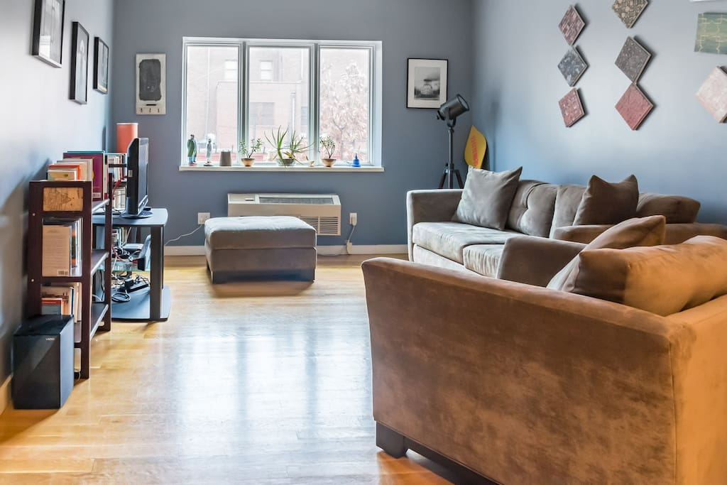 Modern 2 Bedroom Apartment In Williamsburg Apartments For Rent In Brooklyn