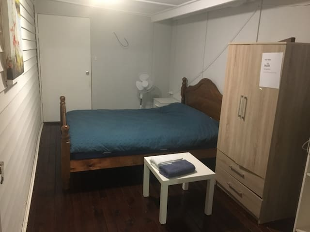 Independent room shared bathroom