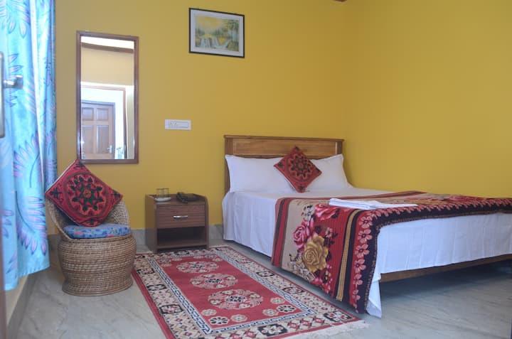 NUMA KHIM- Simple rooms in a quaint Darjeeling.