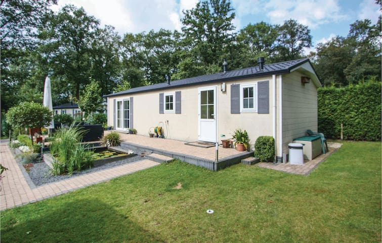 Holiday cottage with 2 bedrooms on 60m² in Wageningen
