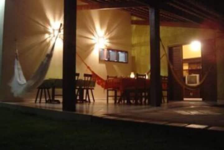Casa Pirambu espaçosa, piscina, churrasqueira, mar
