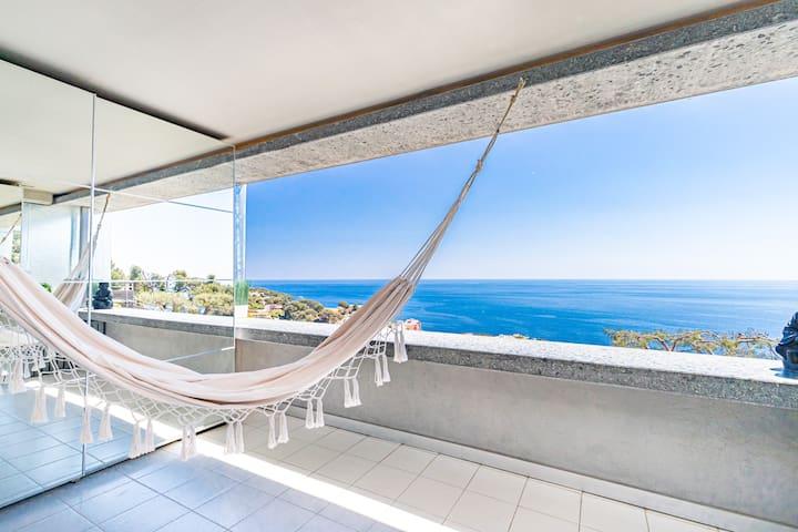 Amazing Sea View. Close to Monaco. Private Parking