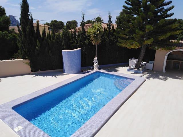 Luxe vakantie villa met prive zwembad
