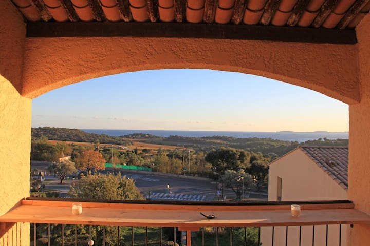 On TOP location, quiet located apartment, overlooking the Mediterranean sea