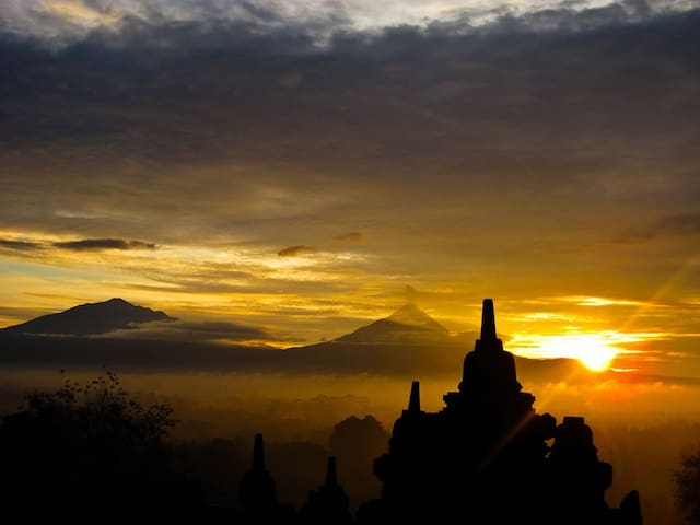 Merapi and Borobudur Temple
