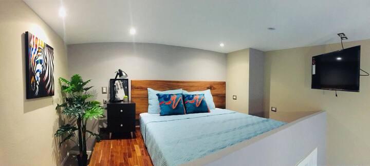 Cozy & modern loft near Cayalá
