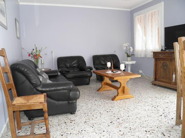 la cigogne charentaise - Saint-Germain-de-Marencennes - Huis