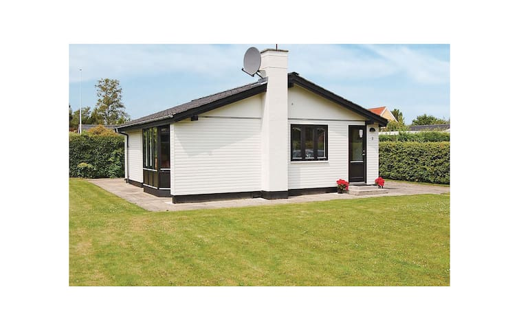 Holiday cottage with 3 bedrooms on 73m² in Børkop