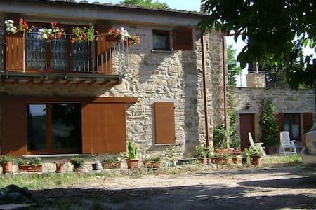 Suite with belvedere, via Francigena Candeggio