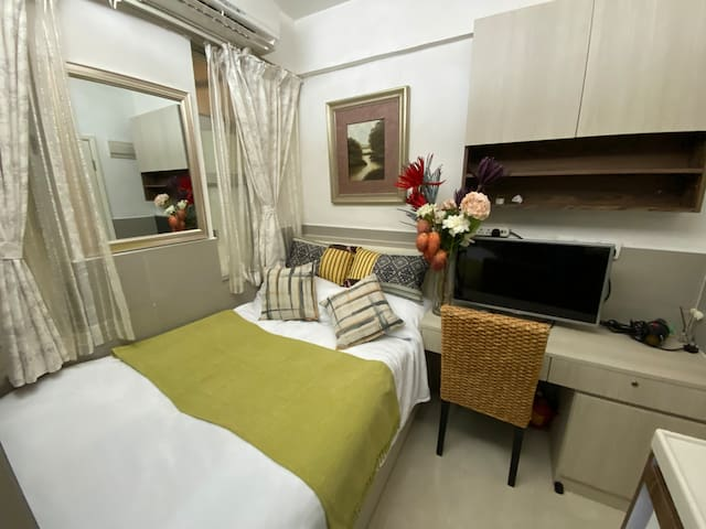 FULLY FURNISHED STUDIO A IN KOWLOON EAST