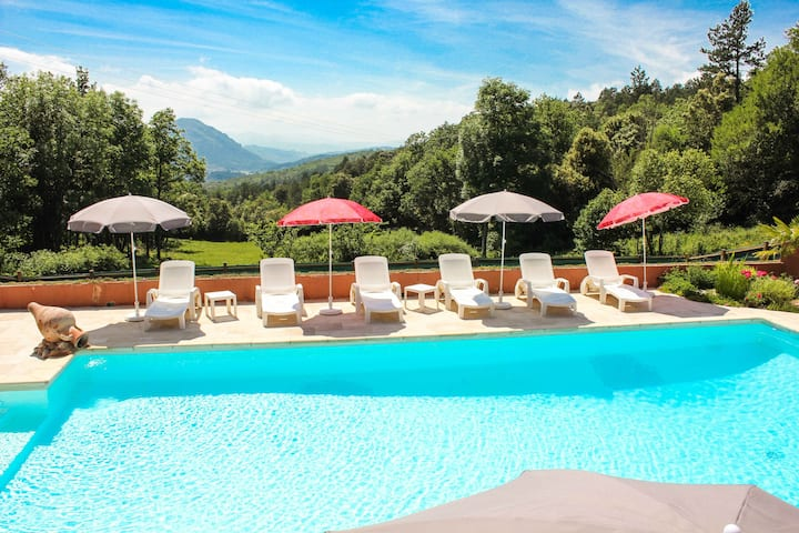 Cottage 3* pool in protected natural environment