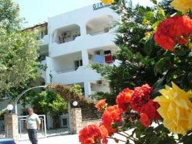 GIKAS Apartment A1 (45qm)