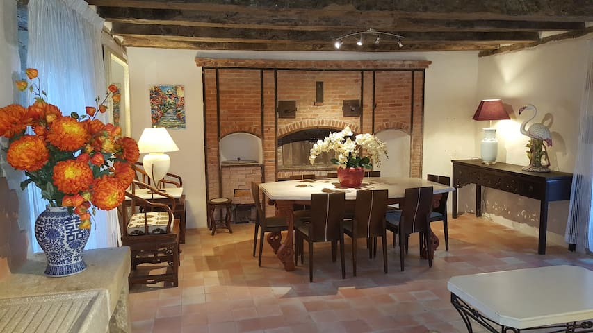 18th Century Perigord large townhouse/8 persons - La Bachellerie - Ház