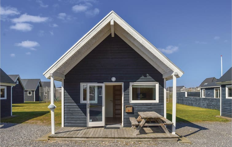 Holiday cottage with 2 bedrooms on 31m² in Thyborøn