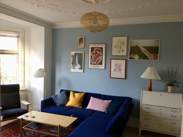 115 m2 apartment in the heart of trendy Nørrebro