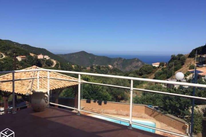 Location haut de villa à 15 min d'Ajaccio