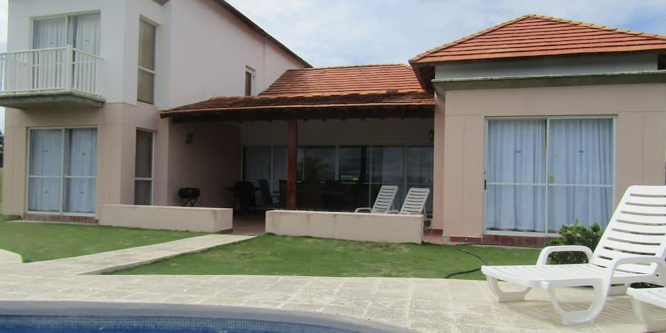 Exceptional four bedroom´s villa , Private pool - El Farallón del Chirú - Haus