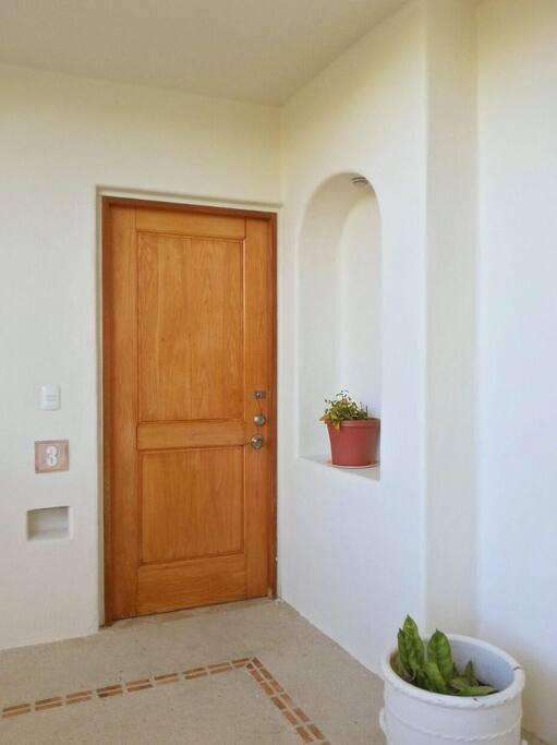 Entrance / Acceso