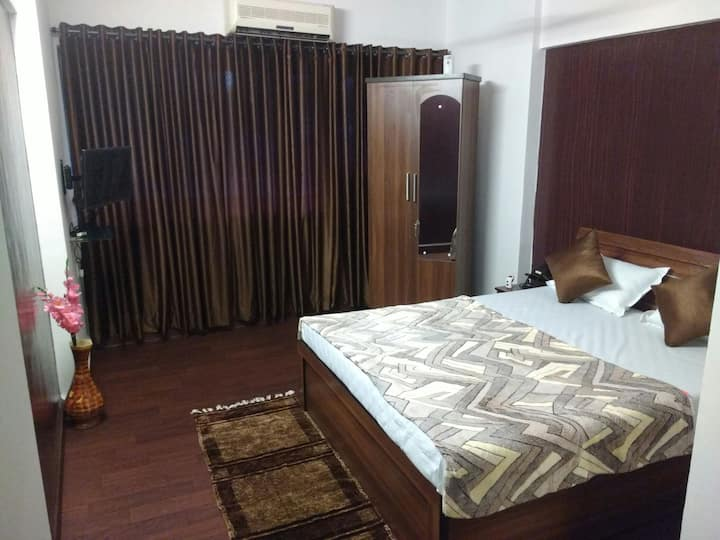 Private budget room in your price
