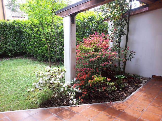 Casa tranquilla immersa nel verde - Pagnacco - Leilighet
