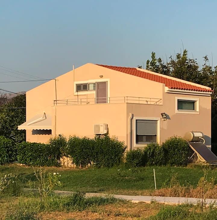 """""""Perivoli"""" House B"""