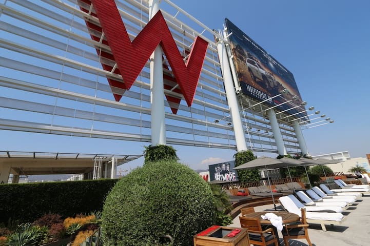 Residence @ the W Hotel - 3 month minimum!