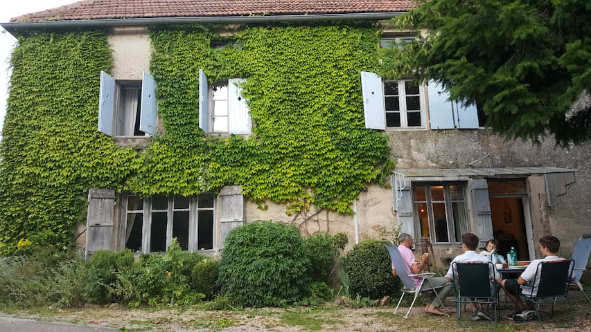 Charming former village auberge