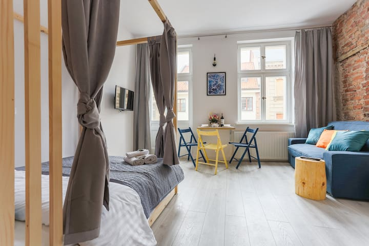 Simply Modern Apartment at the Old Town No 2