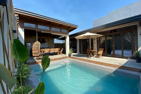 Ysla 2-Bedroom Villa w/ Private Pool San Juan LU