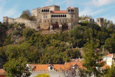 Quarto Vista Castelo - Leiria - Apartamento