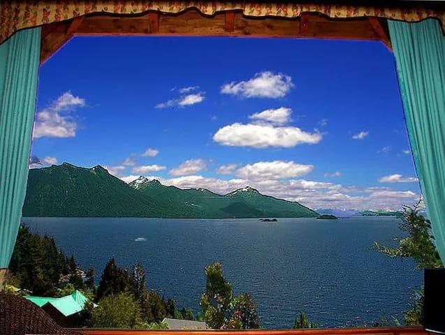 Bariloche. Cabaña en LLao LLao. Vista al Lago.