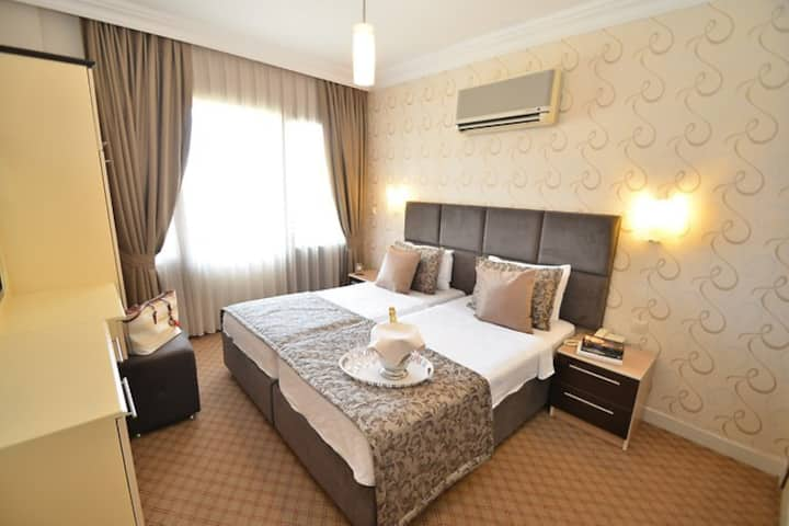 IDEE HOTEL STANDARD ROOM