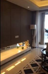 温馨安定的家,一应俱全,宽敞明亮,空气清新,视野开阔,静美宜居,身心愉 - Guangzhou Shi - Apartment