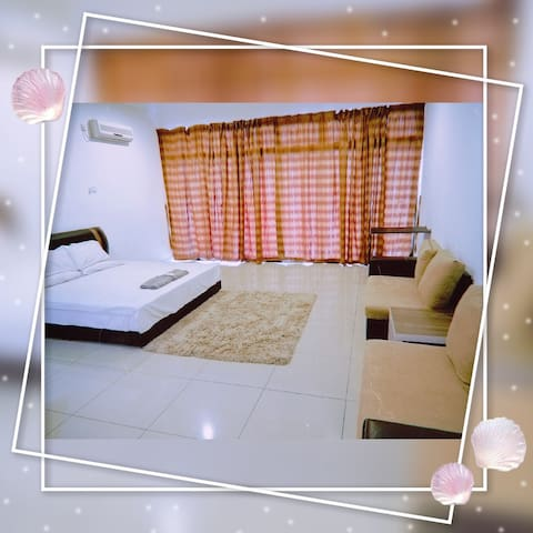 (High Floor) Palazio Serviced Apartment